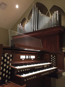 Allen R255 plus Pipes - St. Margaret Catholic Church, Foley, Alabama